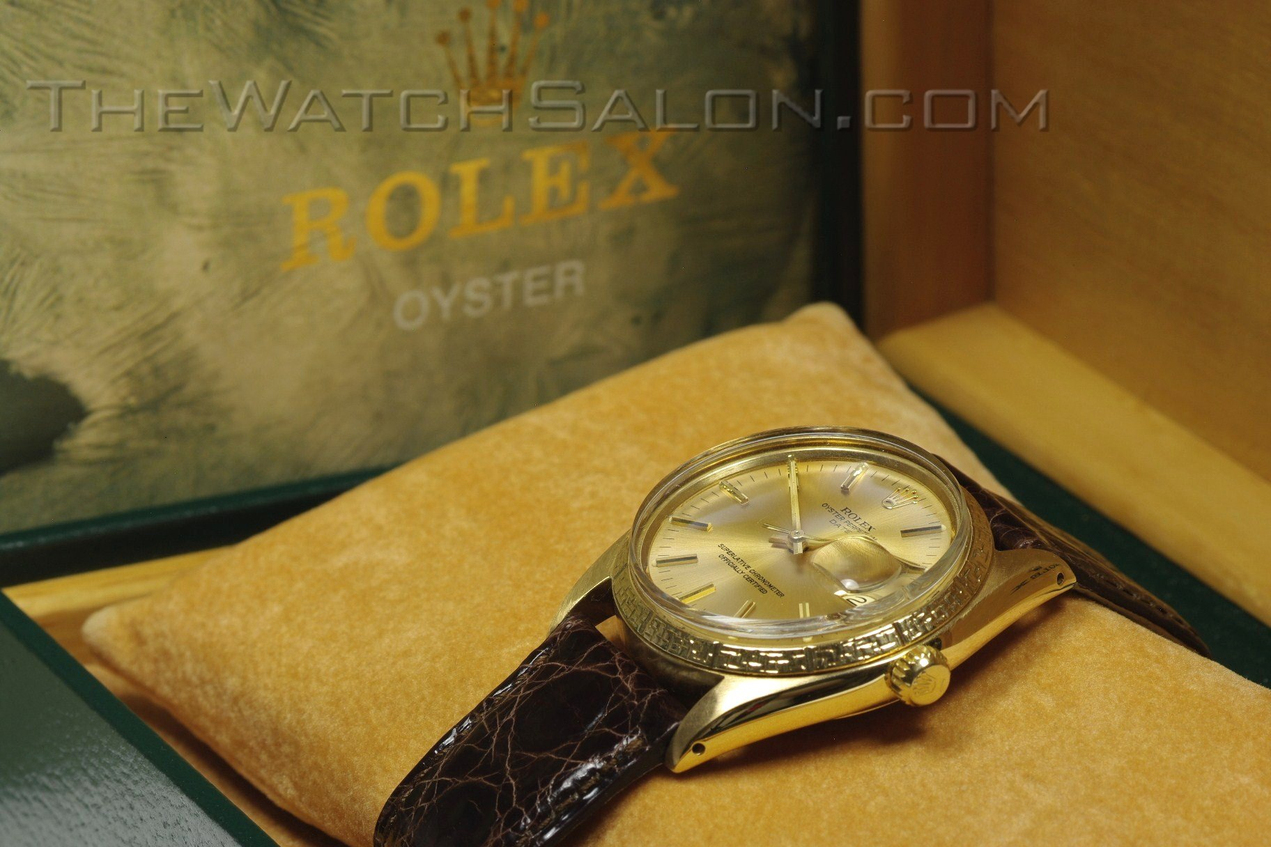 "Rolex 18K ""Chine"" Oyster Perpetual Date 1966"