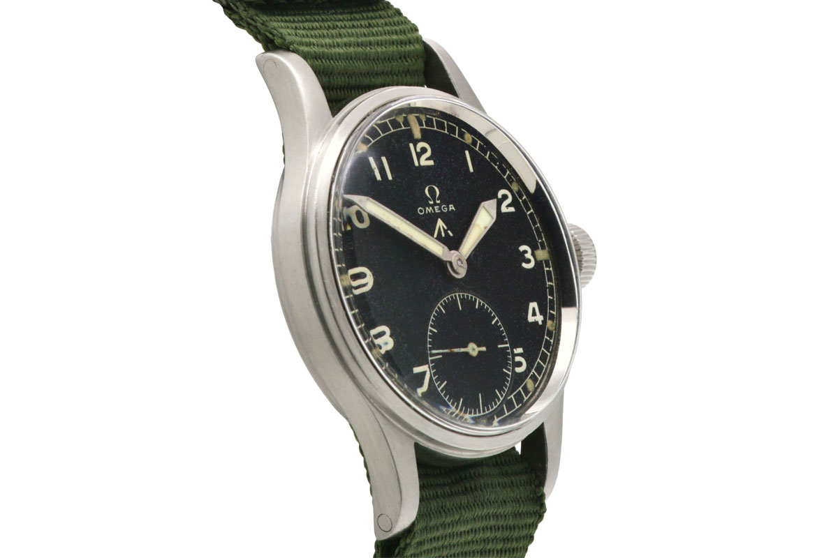 Omega Military W.W.W. 1945